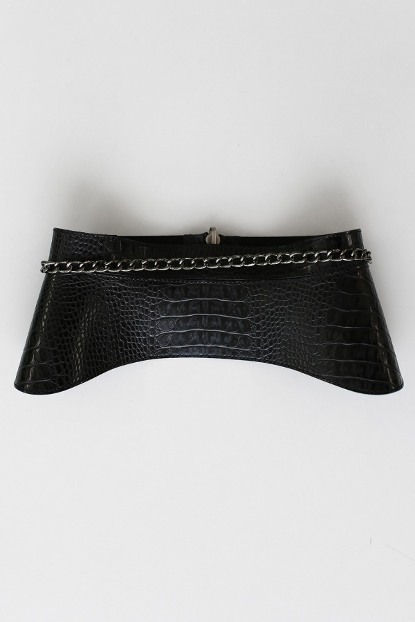 Reversible belt with chain